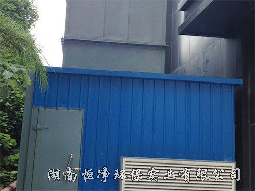风冷热泵机组ManBetx客户端及消声装置